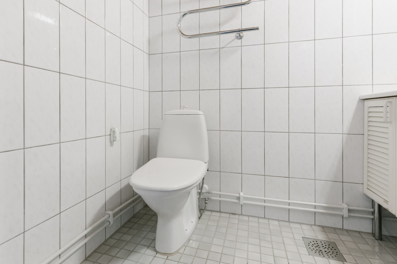 WC-tilat, Suomen Vesitekniikka Kokemuksia Suihkola